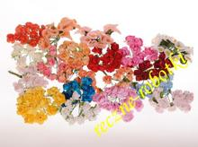 Kwiatki, różyczki papierowe.