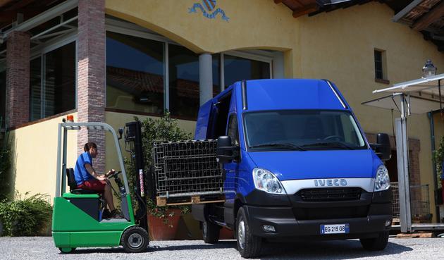 lakiernia - Uni-Truck Sp. z o.o. Nada... zdjęcie 2
