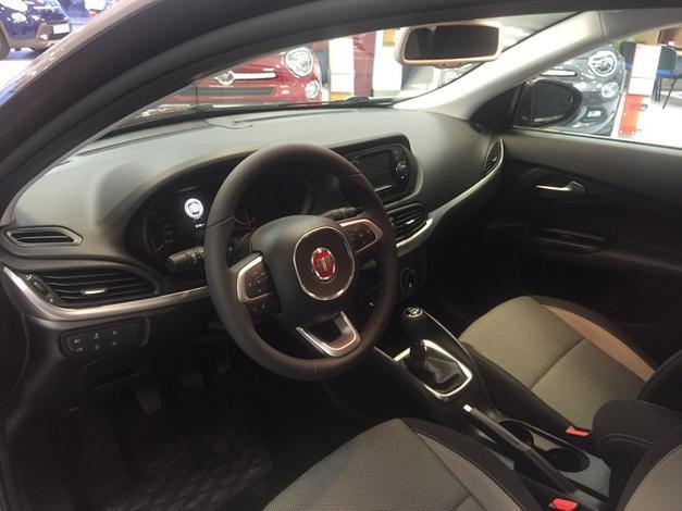 living - ADF Auto. Samochody Fiat,... zdjęcie 1