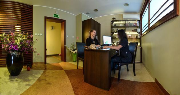 zabiegi pielęgnacyjne - Centrum Terapii Laserowej... zdjęcie 4