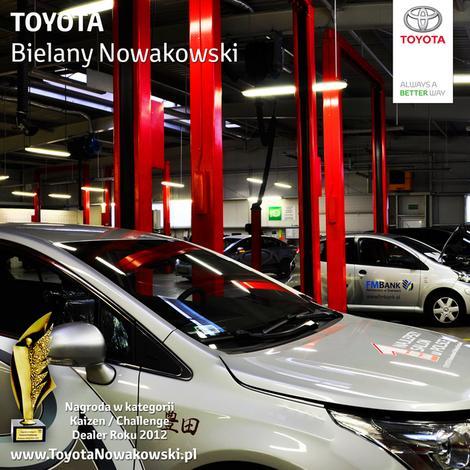 salony samochodowe toyota - Toyota Bielany Nowakowski zdjęcie 3