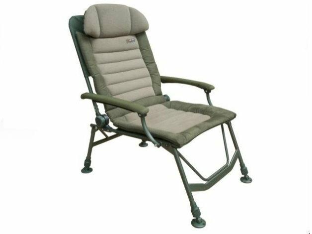 Ergonomiczny zagłówek, mocna rama oraz kombinacja polaru z zamszem sprawiają, że ten fotel to najlepszy wybór!
