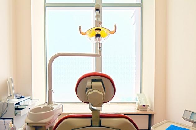 implanto-protetyka - Royal Dent Bartkowiak i U... zdjęcie 1