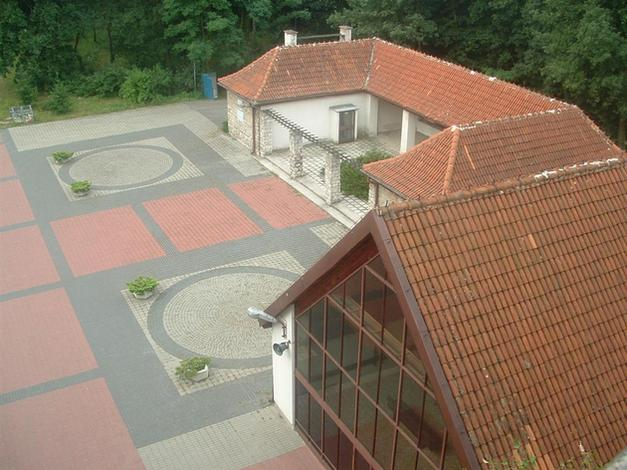 opieka nad grobami - Universum Spółdzielnia Pr... zdjęcie 10