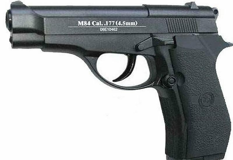 Militaria, broń