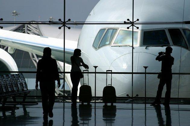 port lotniczy - Port Lotniczy Łódź im. Wł... zdjęcie 1