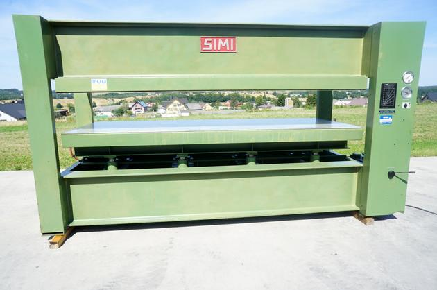 - półki nagrzewane na wodę - długość półki 351cm - szerokość półki 131cm - półki wyłożone aluminium