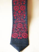 Krawat haft krakowski czerwony