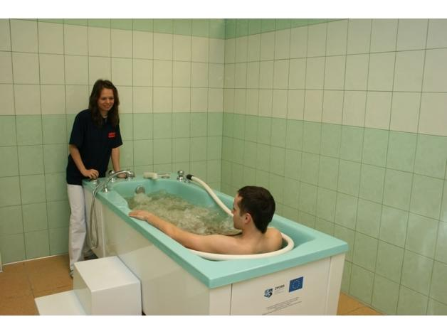 Masaże podwodne, wirowe oraz kąpiele perełkowe
