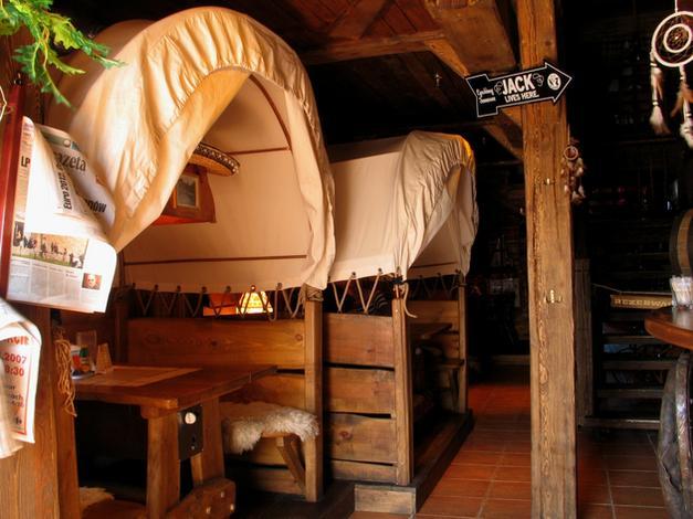 ogródek letni - Restauracja Sioux (CH Man... zdjęcie 2
