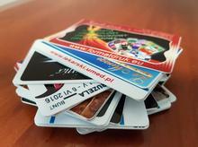 Druk na kartach plastikowych