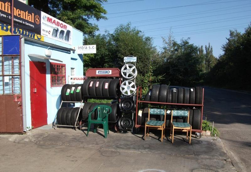 przechowywanie opon - Serwis Opon i Wulkanizacj... zdjęcie 1