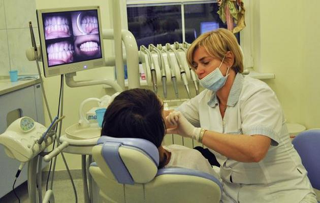 implanty zębów - AS dent Prywatna Klinika ... zdjęcie 10