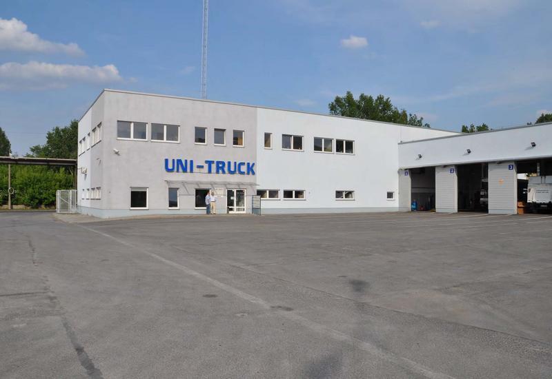 naprawy lakiernicze - Uni-Truck Sp. z o.o. Wars... zdjęcie 3