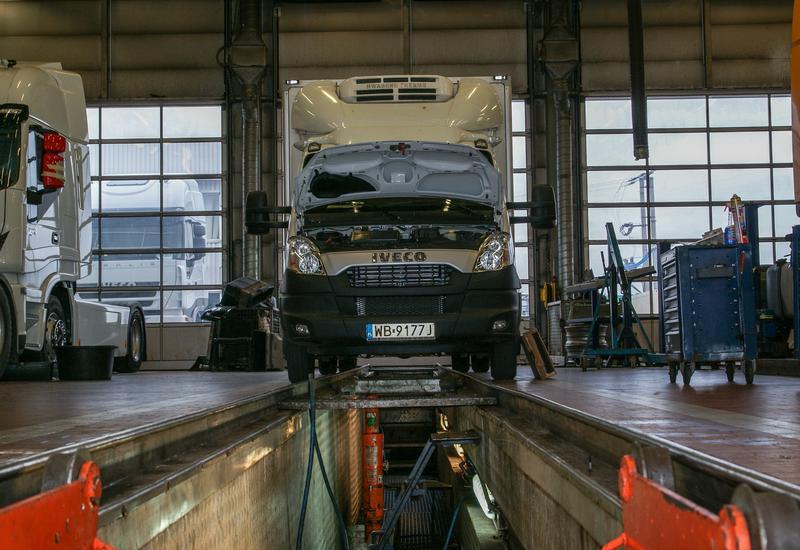 naprawy lakiernicze - Uni-Truck - Autoryzowany ... zdjęcie 3