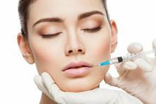 Powiększanie ust preparatem Neauvia Intense Lips