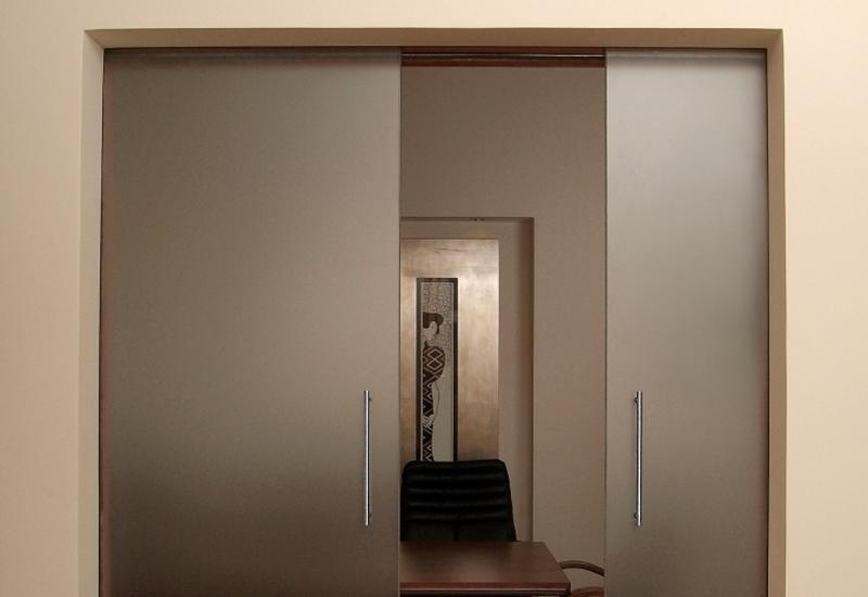 Drzwi szklane, daszki ze szkła, balustrady szklane