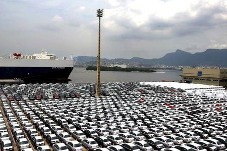 Samochody się sprzedają, ale zadłużenie branży rośnie