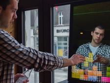 Biznes na przeglądaniu się. Interaktywne lustra z Polski pokazują więcej niż odbicie