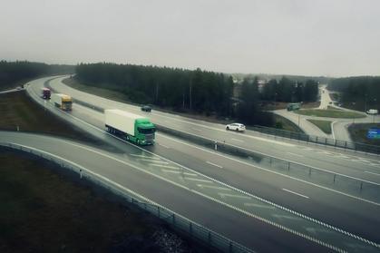 Platooning, czyli jeden kierowca prowadzi cztery ciężarówki