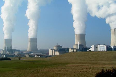 Ekspert: Polska ma dwa lata, by wejść w energetykę jądrową