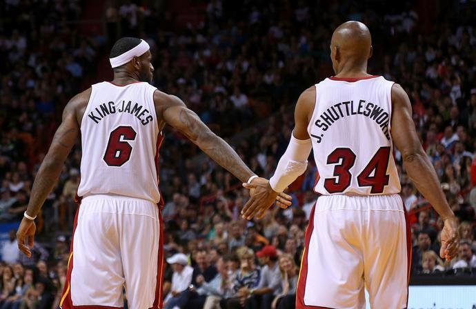 – LeBron James pracuje na treningach jak najgorszy koszykarz na świecie i dlatego jest najlepszy – mówi Ray Allen