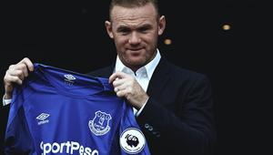 Alkohol, dziewczyny... Co się dzieje Rooney'em?
