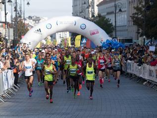 Zmiana trasy Maratonu Warszawskiego i Biegu na Piątkę