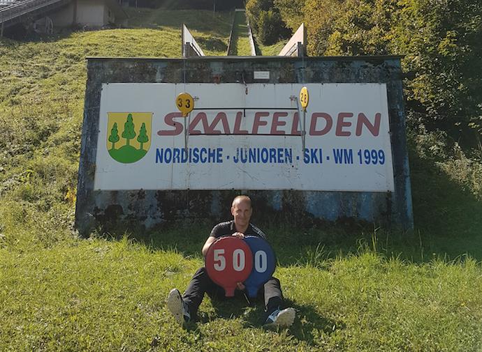 W Saalfelden Artur Bała miał swój jubileusz i zaliczył 500. skocznię narciarską w życiu. - A to dopiero początek - zapewnia.