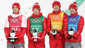 Skoki narciarskie Konkurs druzynowy Polacy z brazowym medalem