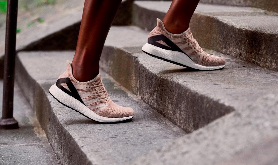 Buty adidas (AM4)