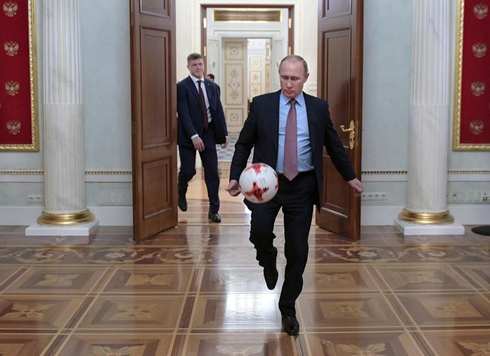 Prezydent Rosji wcześniej nie wykazywał zainteresowania futbolem, ale w ostatnich latach zyskał na sympatii do sportu