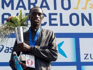 Niepełnosprawny debiutant wygrał maraton w Barcelonie