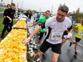Okiem mistrza: Odżywianie podczas maratonu. Co? Jak? Kiedy?