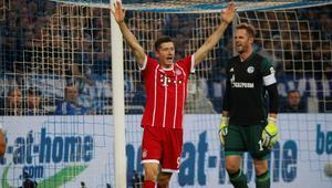 Bundesliga - Schalke 04 vs Bayern Munich