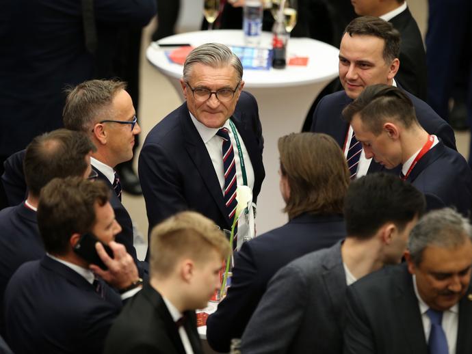 Pierwsze dyskusje Nawałki i jego współpracowników z PZPN na temat grupowych rywali