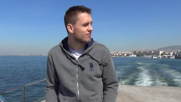 Zwiedzamy Izmir z polskim koszykarzem
