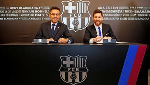Lionel Messi podpisuje nowy kontrakt