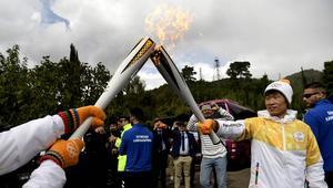 W starożytnej Olimpii zapalono pochodnię olimpijską