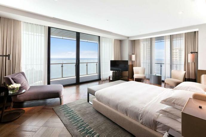 Hotel Hyatt Regency w Soczi ma imponujące pokoje z widokiem na Morze Czarne