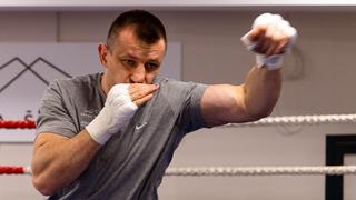 Tomasz Adamek przygotowania do walki z Eric Molina