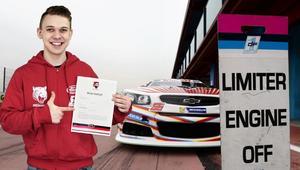 Młody Polak z Tarnowa wystartuje w słynnych wyścigach samochodowych NASCAR