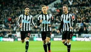 FOOTBALL - ENGLISH CHAMP - NEWCASTLE v LEICESTER