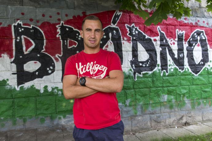 W ostatnim sezonie był bliski awansu do ekstraklasy, a po niepowodzeniu zdecydował o powrocie w rodzinne strony. 32-latek podpisał kontrakt z drugoligowym Zniczem.