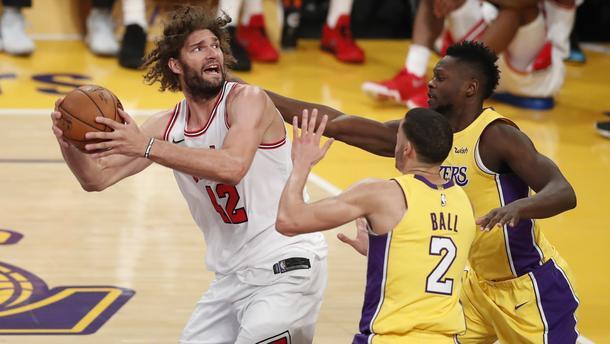 Chicago Bulls at Los Angeles Lakers