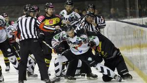Hokej na lodzie. PHL. GKS Tychy - Tauron KH GKS Katowice. 11.02.2018