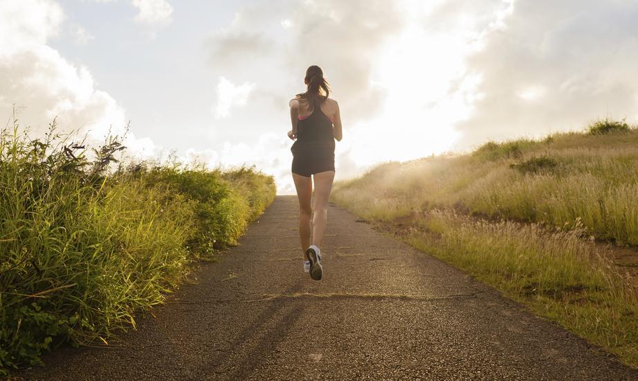 W okresie startowym mocnych treningów jest mniej