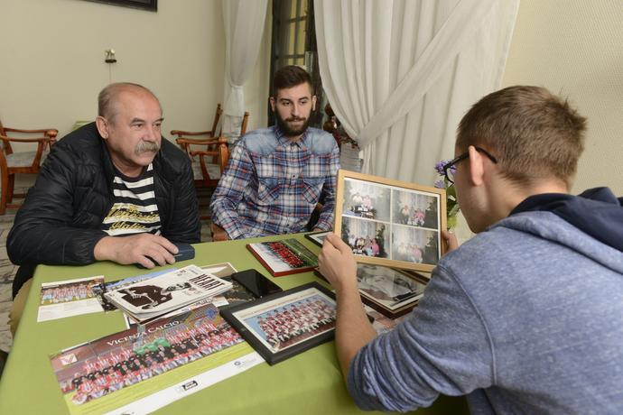 Ojciec Błażeja Augustyna i brat Eliasz oraz autor reportażu