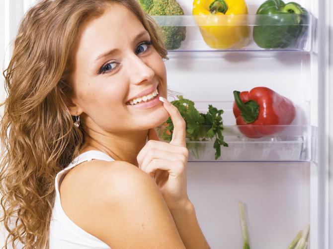 Sigurno i vi grešite u ovome: Evo koje namirnice treba držati u kom delu frižidera