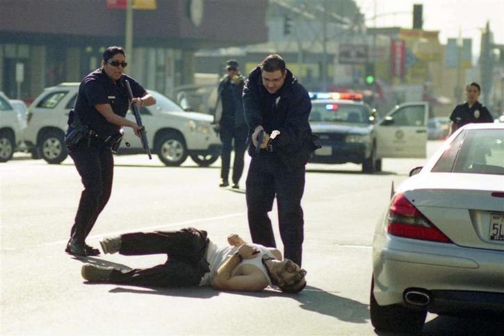 Strzelanina W Nowej Zelandii Film Image: Strzelanina W Hollywood